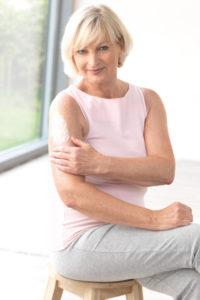 Frau Hautpflege - Lymphödem - Therapie, Behandlungen